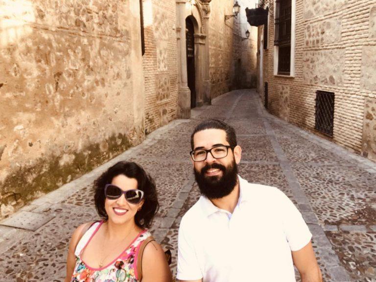 Toledo, na Espanha, cidade de pedra, labirintos infinitos.